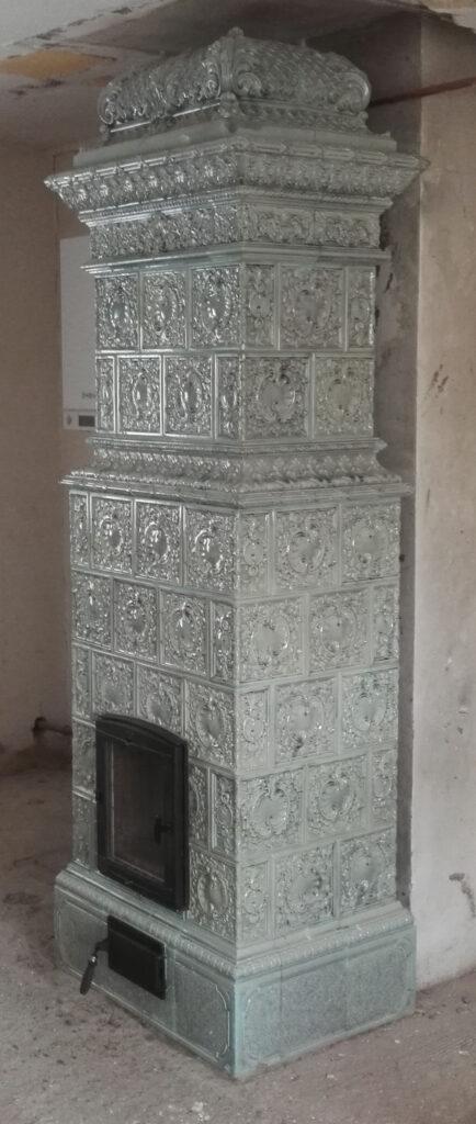 historická kachlová kamna